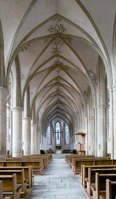 Apostelkirche Blick zum Chor